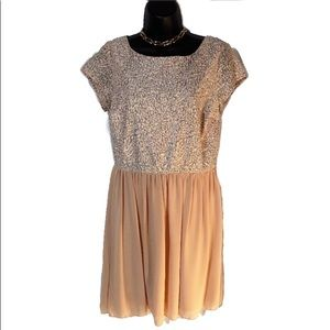 Speechless Sz 11 Short Peachy-Nude Chiffon Dress